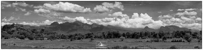 Knuckles_Range_&_Monsoon_from_East_3a(B&W)(MR)(06_19)